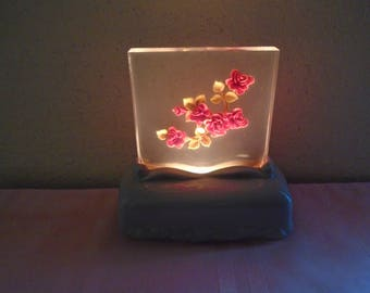 Vintage 1940's Lucite Night Light / Red Rose's / Ceramic Base / Excellent Working Condition