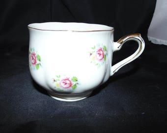 Vintage Porcelain Teacup EW Japan Pink Flowers Floral Gold Gilt Roses