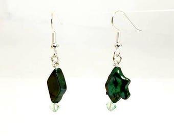 Diamond Shaped Emerald Green Freshwater Pearl Earrings Hypoallergenic Nickel Free Earrings Green Swarovski Crystal Earrings Beaded Jewelry