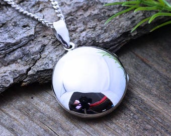 Sterling Silver locket. Sterling Silver Round Locket - Heirloom Locket, Rounded Locket Necklace - 2 Photo Locket . Locket Jewelry- R-3