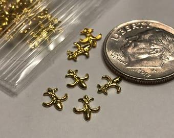 20 metal gold fleur de lis nail decals 5 x 7 mm (S11/4)