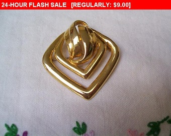 Vintage Goldtone brooch, vintage pin brooch, estate jewelry