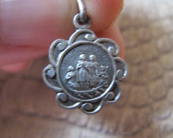 Saint Maries: French Medal, SilverTone Small Sized Medal. Vintage Age. From The Basilica of Saint Maries. Small french Medal Catholic Faith