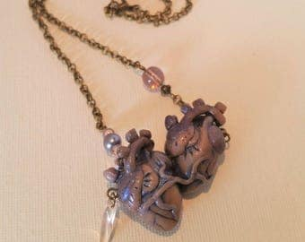 Necklace with small hearts Siamese blue iridescent Lavender
