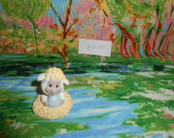 1993 Hallmark  Miniatures- Easter Lamb With Egg - EH-15