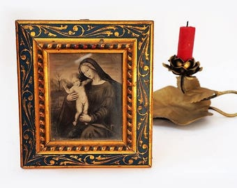 SALE Florentine Virgin Mary and Child Art Wall Hanging, Vintage Italian Religious Art,Virgin Mary Print On Medieval Style Frame.
