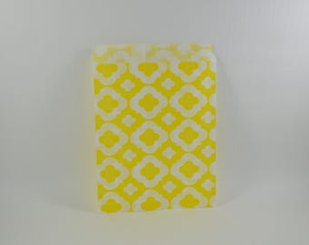 8 yellow arabesque pattern paper bags