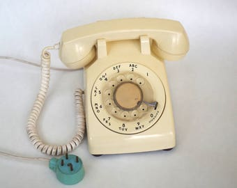 Vintage Rotary Telephone Western Electric Bell System Cream Colored Phone with 4 Prong Plug