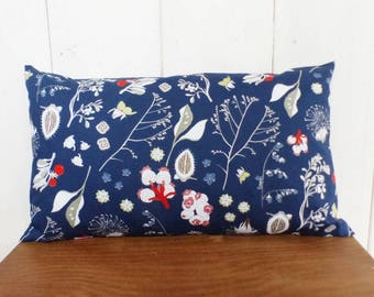 Cushion cover 50 x 30 cm, motif flowers style Japanese blue, red, coral and pale green tones