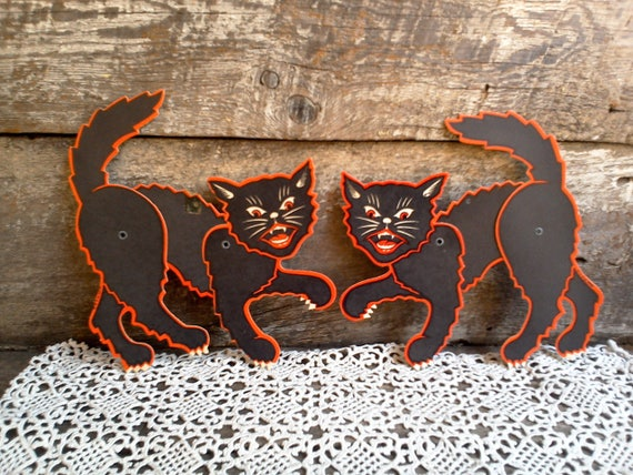 Vintage Halloween Die Cut Cardboard Paper Decorations, Scary Cats, Scratch Cats Set of 2 (Jointed)