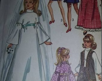 Vintage Simplicity 9097 Sewing Pattern Wardrobe for 11-1/2 Inch Doll Such as Barbie, Julia, and Maddie Mod
