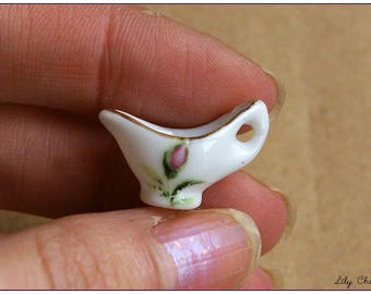 Miniature ceramic gravy boat white with rose gold plated designs x 1