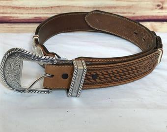 Ladies tony lama western tooled leather belt