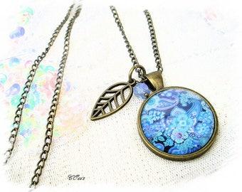 vintage retro blue cashmere CO662 Medallion necklace