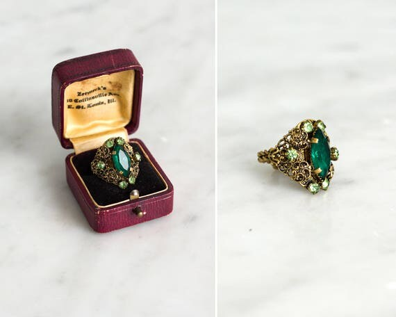 vintage 1960s cocktail ring | green statement ring | adjustable cocktail ring | 60s green rhinestone ring