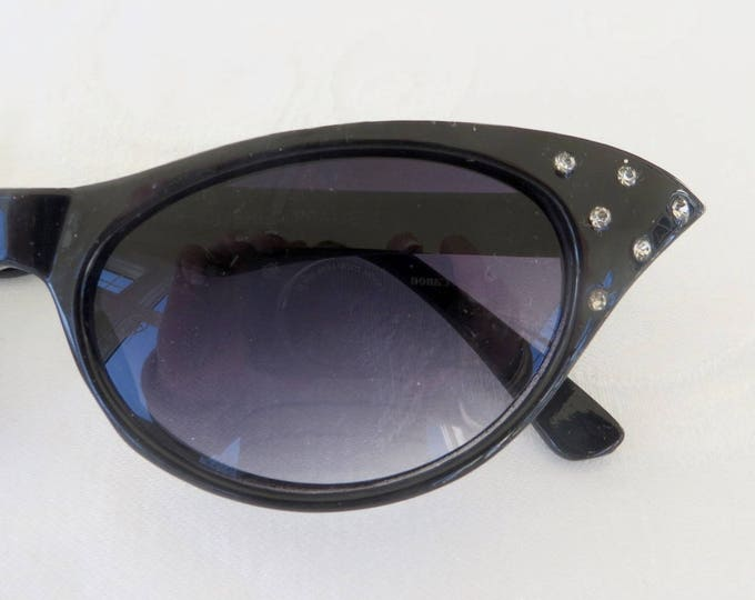 be259960cd 20% OFF coupon on Vintage Rhinestone Cats Eye Sunglasses