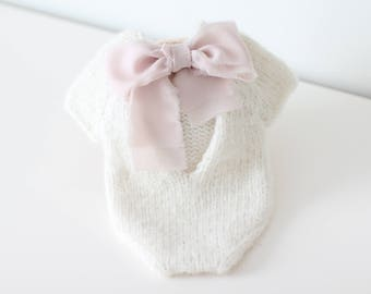 Newborn props - Newborn romper - Baby girl romper - Short sleeve romper- Photo Prop Outfit - Photo prop romper - Cream - Newborn girl props