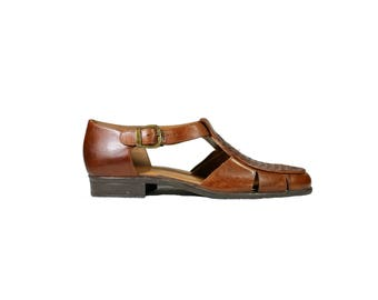 Size 7.5 Brown Woven Leather Oxford Sandals by Cabin Creek // G531