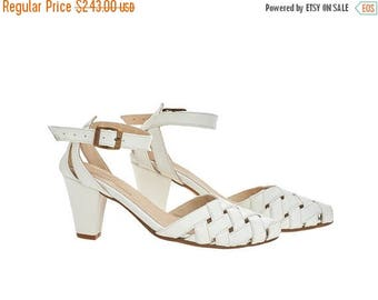 ON SALE Milk white Heeled Sandals, Rose, brides shoes, leather shoes
