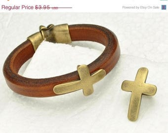 HOT DEAL Curved Cross Slider for use with 10x6mm Regaliz Licorice Leather - Antique Brass