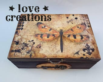 Butterfly, moth, vintage wooden treasure, keepsake, memory, storage box, vintage style,detailed,old effect, handcrafted gift,jewellery box