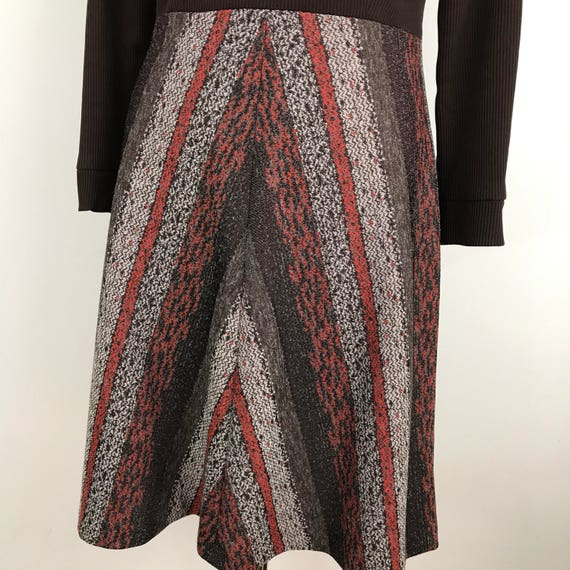 Mod dress chevron striped A line skirt jersey polyester rib knit brown UK 16 1970s turtleneck red scooter girl stretchy GoGo winter