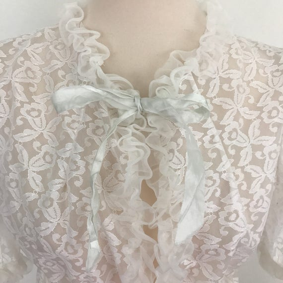 Vintage robe sheer 1970s vintage lace gown frilled flared sleeves pin up budoir UK 10 12 whitw floral boho sexy midi dressing gown