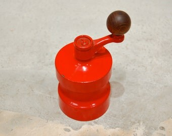 Vintage pepper mill