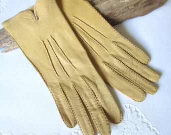 VINTAGE 1950's  Yellow Gloves,  Leather Gloves - size 6,5