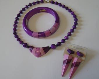 Purple jewelry set, NOS 1980s vintage painted wood jewelry, New Wave necklace, bangle and punk earrings