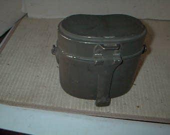 Vintage Military Mess Kit Mint