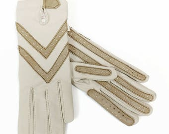 Vintage Aris Isotoner Women's Nylon Diving Gloves Beige Tan Leather Trim One Size Stretch Fit Costume Gloves