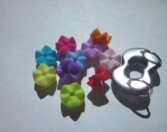 11 (L31) multi-colored acrylic beads