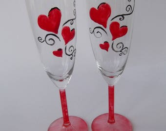 Duo of hearts flutes to celebrate love