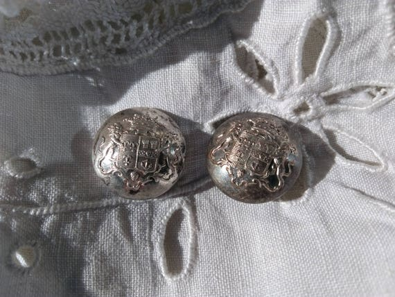 2 Livery Buttons Superieur France 19th C. Crown Two Lions Blazon Silver Buttons Collectible  #sophieladydeparis