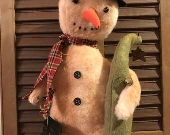 Primitive Snowman holding a Tree and his Mittens, Handmade Snowman, Snowman Decoration