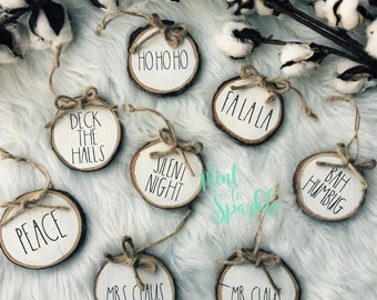 Rae Dunn inspired wood disc ornament // Wood slice ornament // Farmhouse style gift tags