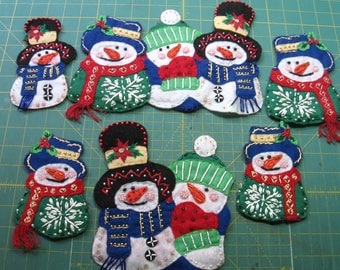 Embellished Snowman, Felt, beads , trim , buttons, felted,fringe,  6 pcs., various sizes, vintage,(Snowman)