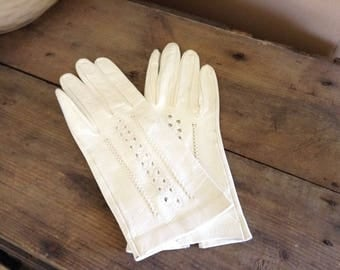 Fancy vintage Ladies White/Ivory leather driving gloves XS/S Openwork Short Gloves