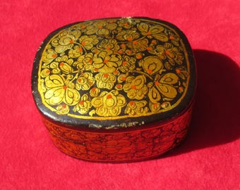 Vintage  Paper Mache Flower Gold Black Red Trinket Box