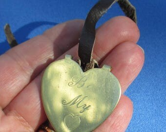 Retro Heart Brass Embellishment Marked B&L Creations