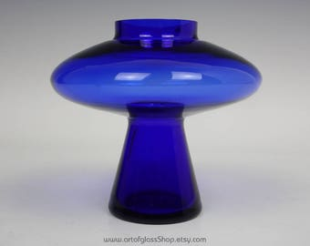 Alsterfors cobalt blue 'UFO' glass vase