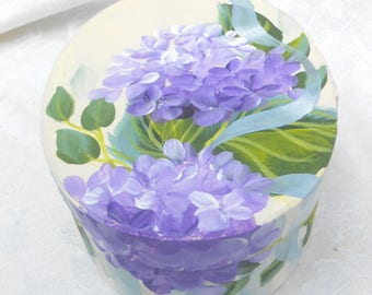 Hydrangea Box  ~ Handpainted Hydrangeas ~ Beach Decor~ Sweetheart Gift ~ Cottage Chic ~ Farmhouse Style