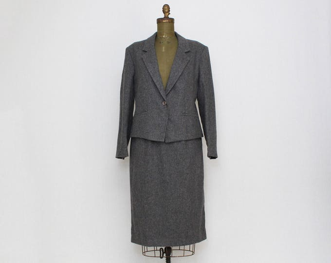 Vintage 1970s Grey Wool Skirt Suit by Barclay Square - Size Large