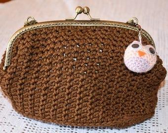 Crochet Pochette with zipper click Clac Brown