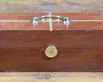 Antique mahogany box R654