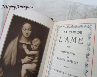 Antique prayer book french word for the collector
