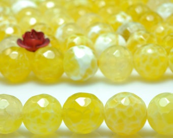 47 pcs of Fire Agate faceted round beads in 8mm (06771#)