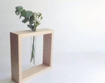 Bud vase - square