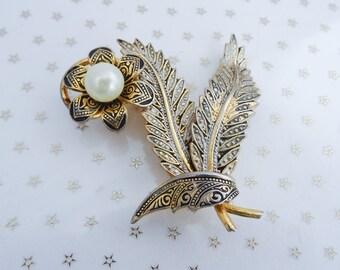 Vintage Gold Silver Black Damascene Faux Pearl Flower Leaf Brooch //60s//